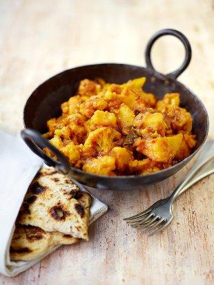 Potato & cauliflower curry