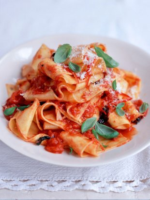 Cheat's homemade pappardelle with quick tomato sauce