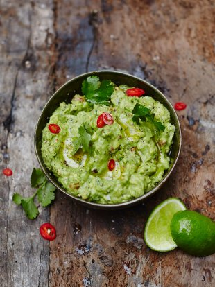 Guacamole vegetarian recipes jamie oliver for Canape ideas jamie oliver