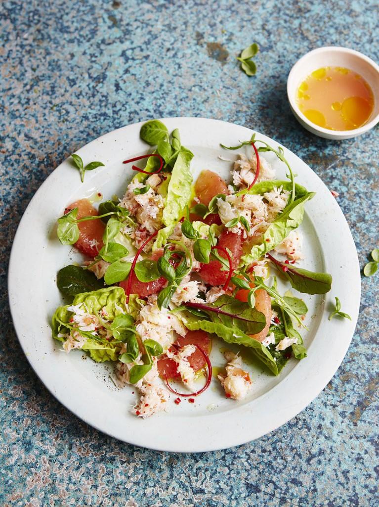 Crab, chilli and pink grapefruit salad