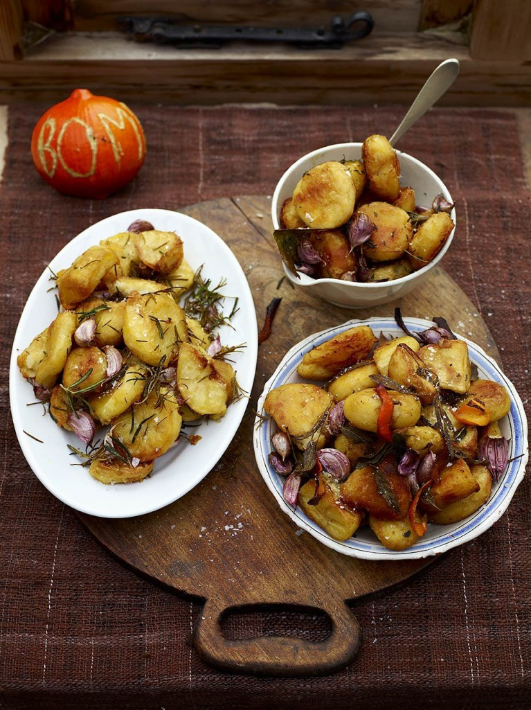 Hosting Christmas - roast potatoes