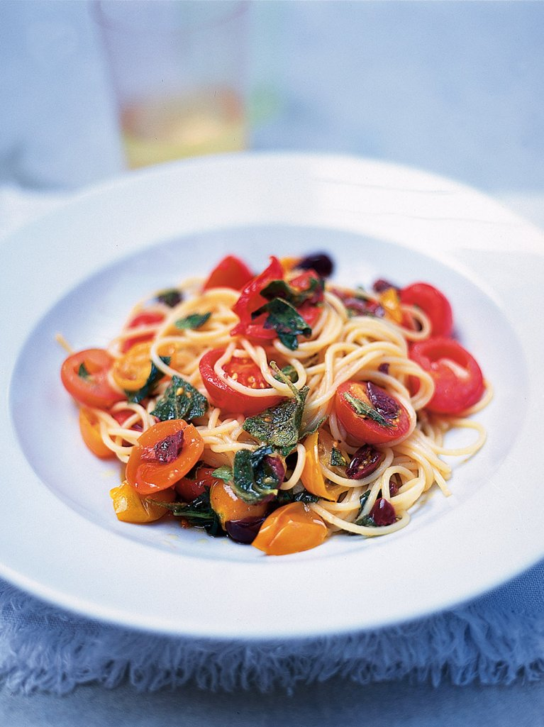 summer spaghetti pasta recipes jamie oliver recipes. Black Bedroom Furniture Sets. Home Design Ideas