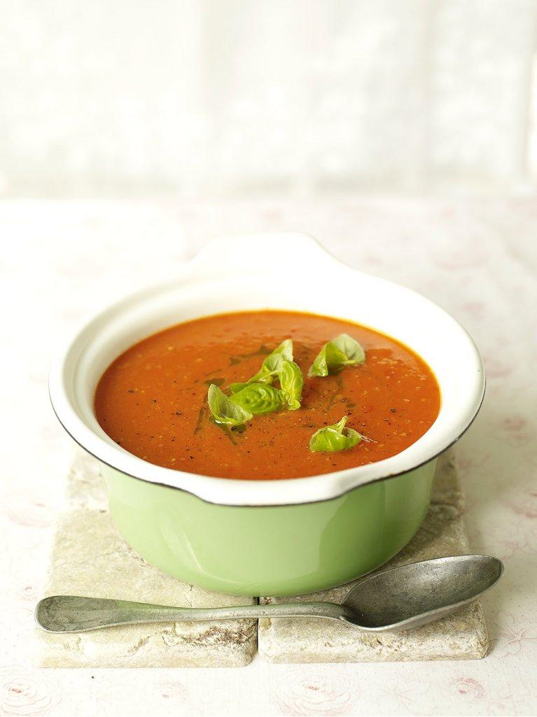 'Abundance' tomato soup with basil oil