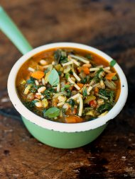 Early autumn minestrone (Minestrone d'inizio autunno)