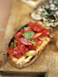 Bruschetta with tomato and basil