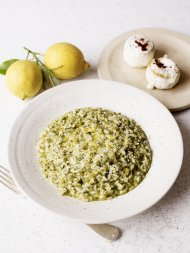 A beautiful sorrel risotto with crumbled goat's cheese