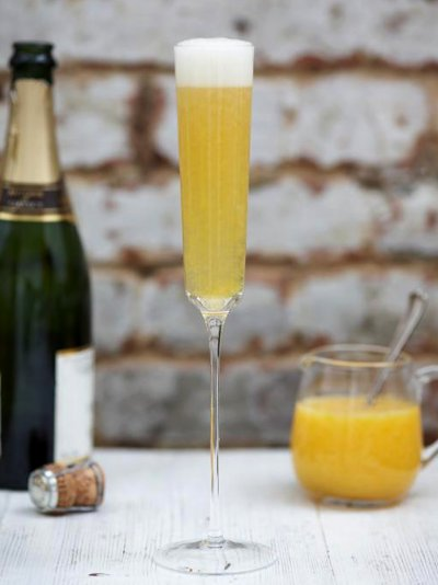 Store cupboard peach Bellini