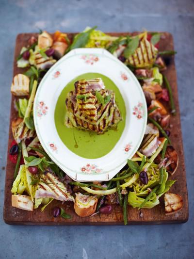 Griddled tuna kinda niçoise salad