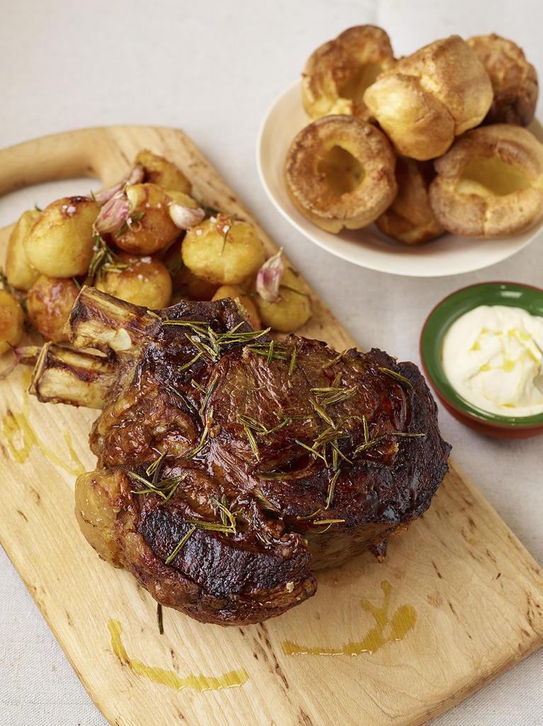 roast fore rib of beef beef recipe jamie oliver recipes