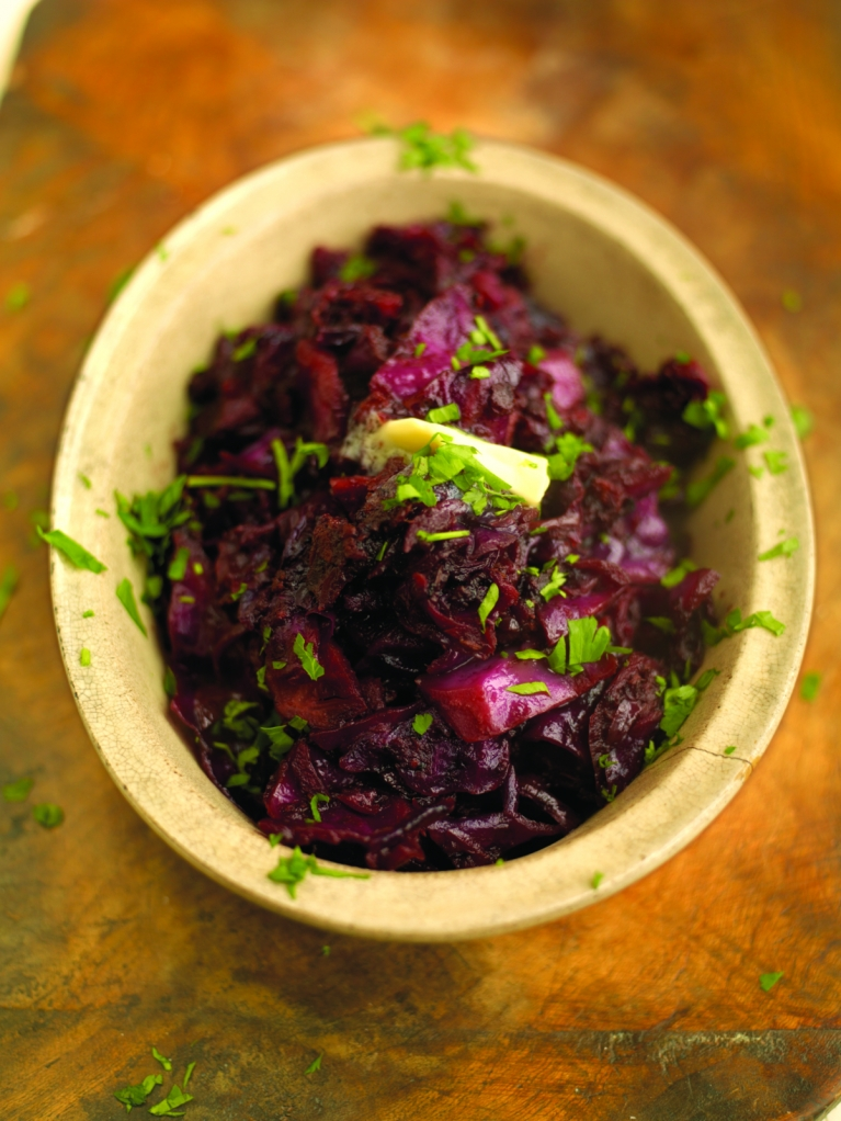 Must-try red cabbage braised with apple, bacon and balsamic vinegar