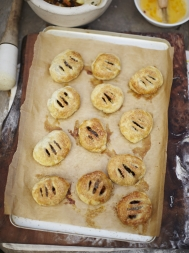 Jamie Oliver Great Britain Eccles Cakes Recipe