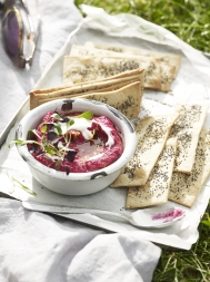 Beetroot & lemon houmous