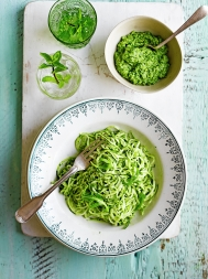 Courgette 'spaghetti' with rocket pesto