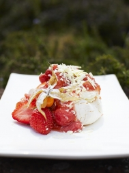 Rhubarb & strawberry pavlova
