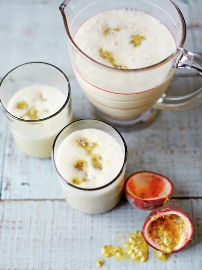 Almond, banana & passion fruit smoothie