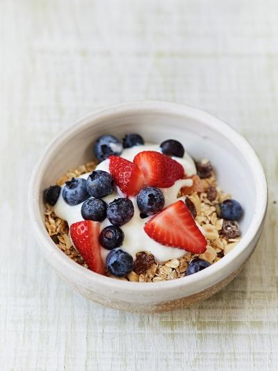 DIY oaty fruity cereal