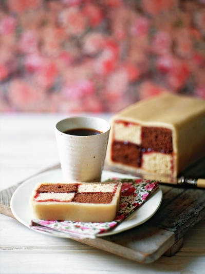 Chocolate battenberg